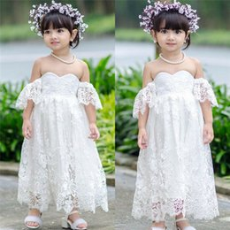 $enCountryForm.capitalKeyWord Australia - 2019 Kids Baby Girls White Dress Summer Lace Flower Off Shoulder Party Pageant Tutu Dress Clothes 2-7Y