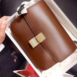 Wholesale Boxes Packaging Australia - (Superior )Ladies classic box bags Tofu bag leather women Vintage postman messenger bag mini party bag One shoulder aslant package