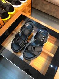 $enCountryForm.capitalKeyWord Australia - Sandals Designer Men Beach Slide Fashion Casual Rubber Slippers Outdoor Massage High Quality Men's