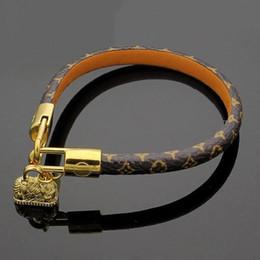 $enCountryForm.capitalKeyWord Australia - hot sale Brand Design Bracelets Fashion Round Genuine Leather Bracelets with Gold Bag For Women and Men Flower Print Bracelet Jewelry hui88a