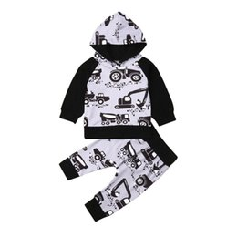 hoodie chinese UK - Fall Autumn 2PCS Newborn Toddler Baby Outfits Boy Clothes Car Hoodie T-shirt Tops+Pants Clark Set