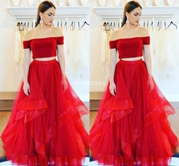 Classic Red Two Pieces Prom Dresses 2019 Off Shoulder Backless Sweep Train Long Formal Evening Party Gowns Special Occasion Dress Plus Size