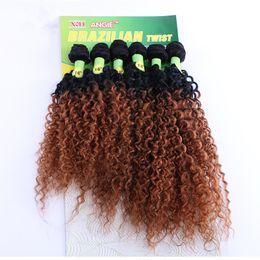 Sapıkça Kıvırcık Örgü% 100 İnsan Saç 16-20 Inç Brezilyalı Saç Örgü Demetleri ombre Renkli T1 / 27/30 paket başına 6 Adet Malezya Afro Kinky Kıvırcık