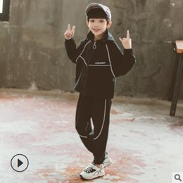 Wholesale personalized sports clothing for sale – custom Boys Sports Clothing Set New Spring Autumn Kids Clothes Children s Personalized Design Sets Letter Colors Size4 ly586