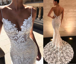 $enCountryForm.capitalKeyWord Australia - Sexy Handmade Lace Applique Wedding Dresses Country Style Count Train Deep V Neck Backless Mermaid Bridal Gowns Simple Wear