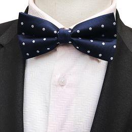 $enCountryForm.capitalKeyWord Australia - Style New Mens Christmas Bow Tie Flower Dot Plaid Striped Gravatas Corbatas Slim of Vestidos Silk Bowties for Men Gifts