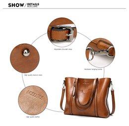 Big Ladies Handbags Australia - Oil wax Women's Lea Oil wax Women's Leather Handbags Luxury Lady Hand Bags With Purse Pocket Women messenger bag Big Tote Sac Bols