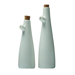 $enCountryForm.capitalKeyWord UK - Ceramic Gravy Boats Porcelain Olive Oil Pot Soy Sauce Vinegar Seasoning Can Oil Bottle Kitchen Cooking Tools Storage Bottles SH190715