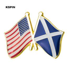 6d10178271c4 U.S.A   Scotland Friendship Flag Badge Metal Lapel Pin Badges Pins