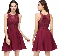 Chinese  Burgundy Lace Beaded A Line Chiffon Short Homecoming Dresses Cocktail Party Dresses For Young Girls Jewel Neck Graduation Gowns manufacturers