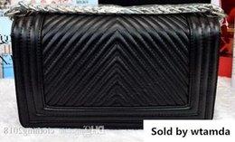 $enCountryForm.capitalKeyWord NZ - Designer 2019 High Quality V Handbag Outer Lock Vintage Quilted Chain Lambskin Black Boy V-shaped Shoulder Women S Flap Bag