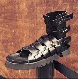 $enCountryForm.capitalKeyWord Australia - Mens Summer Gladiator Sandals 2019 Rivets Cutout Flats Sandals Booties Black Retro Criss Cross Straps Male Runway