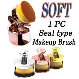 NyloN plastic seal online shopping - Professional Electroplate Seal Type Make up Brush Fashion Luxury Soft Foundation Blush Powder Brushes Beauty Tools LJJP347