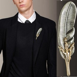 Coating Jewelry NZ - Wukaka Feather Leaf Eagle Claw Brooch Men's Suit Shirt Scarf Pin Women Collar Coat Lapel Pins Brooches Man Jewelry Accessories