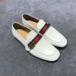 American Leather Shoes Australia - 2019 new European and american style Classic leather High-end custom Wedding dress shoes Leisure fashion shoes