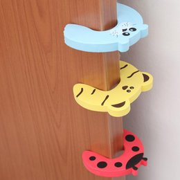 guard products Australia - 7pcs Children Table Edge Corner Guards Baby Safety Foam Protection Baby Table Corner Protector Door Stop Animal Products
