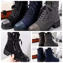 $enCountryForm.capitalKeyWord UK - (Free DHL)Women designer boots Martin Desert Boot flamingos Love arrow medal 100% real leather coarse size EU35-41 With box XNE2402