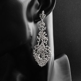 Wholesale Classic Baroque Wedding Earrings for Women Austrian Crystal Bridal Drop Earrings for Gifts Party Bride Bridesmaids JCC061