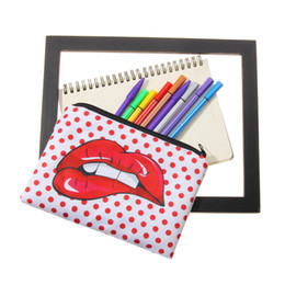 $enCountryForm.capitalKeyWord Australia - 2019 New Red Lip Printing Cosmetic Bag Hand Bag Lady Receives Multifunctional Pen