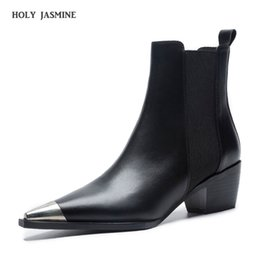 $enCountryForm.capitalKeyWord Australia - 2019 Spring Autumn Classic Design Black White Leather Pointed Toe Square heel Boots Comfort Block Heel Women's Shoes