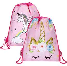 afdafc95be8 Bolso con cordón unicornio al por mayor para niñas viajes paquete de  almacenamiento de dibujos animados escolares mochilas niños fiesta de  cumpleaños ...