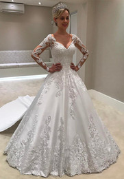 Discount sexy long tail wedding dresses - Long Sleeve Lace Wedding Dresses with Tail V Neckline Beaded Embroidered Appliques A Line Wedding Dress Bridal Gowns Bri