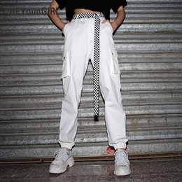 $enCountryForm.capitalKeyWord Australia - Heyoungirl Summer Women Cargo Pants Capris High Waist Casual Loose Joggers Baggy White Sweatpants Pockets Cotton Female Trousers Y19071701
