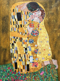 $enCountryForm.capitalKeyWord NZ - Gold leaf Gustav Klimt oil paintings The kiss The Lovers art on canvas Hand painted beautiful artwork for living room bedroom wall decor
