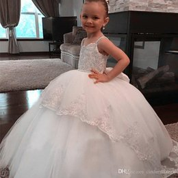 Princess Royal Puffy White Strap Australia - Newest Princess Flower Girl Dress Beaded Spaghetti Straps Lace Appliques Puffy Tulle Flowergirl Dresses Vintage Kids Gown for Weddings