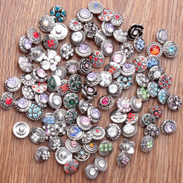 50PCS 12MM Rivca Snaps Button Rhinestone Loose Beads Mixed Style Fit For Noosa Bracelets Necklace Jewelry DIY Accessories Christmas Gift on Sale