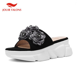 Flower Shoes Kids NZ - JOUIR TALONS Brand new INS hot Ladies Platform Kid Suede Flower Shoes Woman Casual Outside Summer Slippers