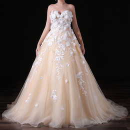 $enCountryForm.capitalKeyWord UK - Gorgeous Champagne Strapless Princess Ball Gown Wedding Dresses Delicate Appliques Lace Wedding Dress Meerjungfrau Brautkleider MA034