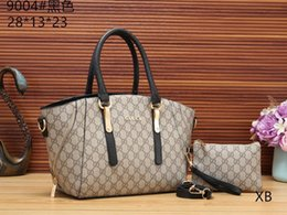 Vente en gros m1173 2019 New Woman Lettres Fashion Designers Sacs à main luxurys Qualité Lady Sacs à bandoulière de Crossbody Hot Messenger Bag 43012