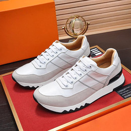 types sports shoes NZ - Fashion Brands Men's Shoes High Quality Footwears Stadium Sneaker Low Top Lace-up Luxury Type Casual Male Sports Comfortable Running Shoes