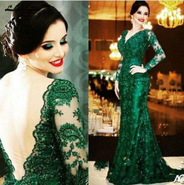 emerald green gold lace UK - Elegant Emerald Green Lace Mother of the Bride Dresses evening gowns deep V Neck Long Sleeves Open Backless Mermaid Court Train Formal Gowns