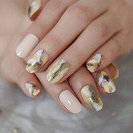 gold finger nail art 2019 - Marble Oval Short Glitter Nails Gold Powder Ink Pattern Wheat Color Fake Nails Unique Pre-designed Artificia Nail Art Ti