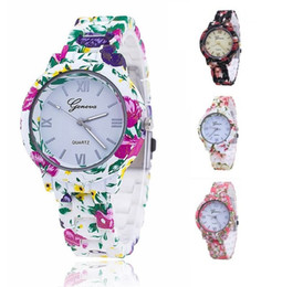 Chinese  New Style Popular Brand Floral Strap Wristwatch Stainless Steel Case watch Dress watch for woman lady girl lover Reloj de dama manufacturers