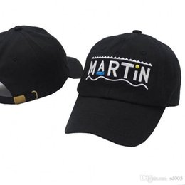 b92c4e8efe2 Male And Female Hip Hop Baseball Caps Fitted Fashion Outdoor Sunscreen  Snapback Brand Popular Martin Letter Hats Hot Sale 14sd I1