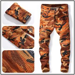 8204008814 El mejor diseñador de China Make Desert Ground Army Camuflaje deportes al  aire libre motorista hombres jeans Nueva llegada pieza baja envío gratis