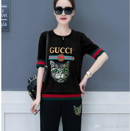 Korean women sports suit online shopping - new summer suit fashion Korean Slim casual sports men women s two piece Short sleeved pants manufacturers Hoodies Sweatshirts