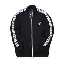$enCountryForm.capitalKeyWord UK - New Famous Sports Hoodies Leisur Indoor Oudoor Jogger Sweatshirts Cotton Long Sleeve Pocket Outwear Coat Casual Active Sportwear Tops