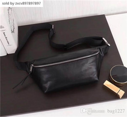 $enCountryForm.capitalKeyWord Australia - New Global Free Shipping Classic Deluxe Matching Leather Waist Bag Best Quality Tote 505671 Size 26cm 12.5cm 7.5cm