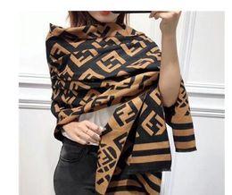 Ingrosso Designer Inverno Sciarpa di lana Pashmina per le donne 2018 New Warm Vivienne Coperte sciarpe Sciarpe di lana Cashmere Sciarpa di cotone Regali 180x65cm