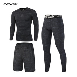$enCountryForm.capitalKeyWord NZ - 3 Pcs Set Men Sports Suit Compression Underwear Outdoor Running Jogging Clothes T Shirt Pants Gym Fitness Workout Tights Costume