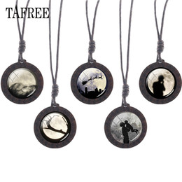 Wholesale TAFREE stars moon Wooden Necklace Pendant Chinese Classical Mythology The Goddess Chang s fly to the moon wood jewelry MO10
