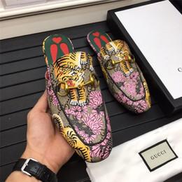 Dress Up Rooms Australia - 2019 Luxury Desinger Men Casual Shoes Oxford Dress Shoes for Men Platform Desinger Shoes Leather Lace Up Wedding Daily Sneaker 38-45 B01