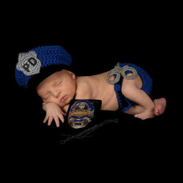 Wholesale Dreamshining Handmade Knitted Baby Hat Newborn Photography Props Accessories Year Birthday Photo Kids Caps Blue Police Outfit