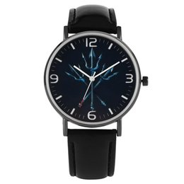 $enCountryForm.capitalKeyWord Australia - Unique Trident Pattern Dial Watch for Men Comfortable Leather Strap Watches for Female Classic Quartz Analog Wristwatch for Male