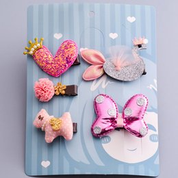 $enCountryForm.capitalKeyWord NZ - 5pcs lot Korean Bright Leather Heart Butterfly Bow Swan Cartoon Hairpins Combo Gift Set For Kids Girls Hair Accessories