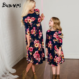 $enCountryForm.capitalKeyWord NZ - Family Matching Clothes Fashion Floral Printed Autumn Slim Dress mother and daughter clothes mom and daughter dress